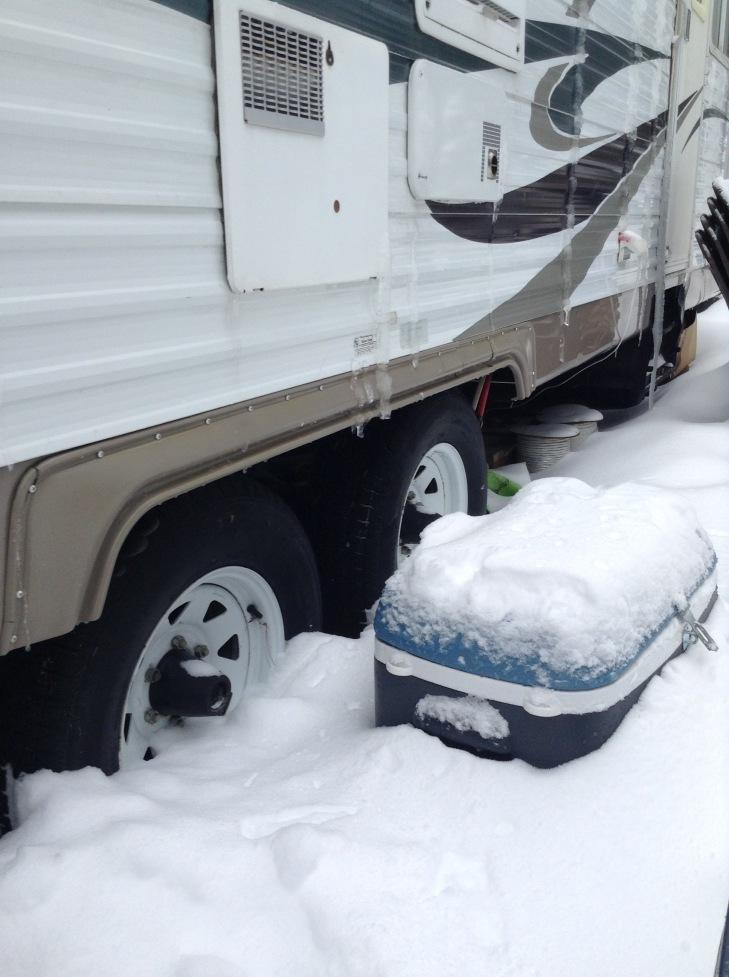 snow, cooler, trailer